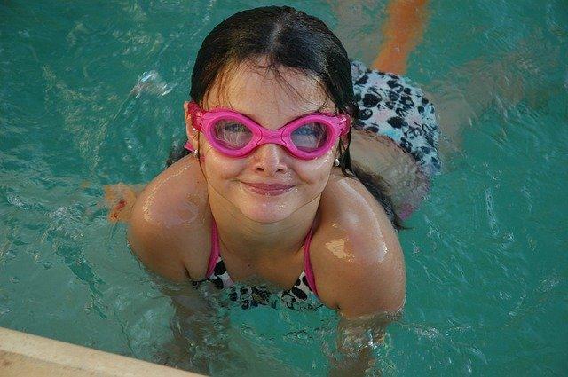 růžové ochranné brýle